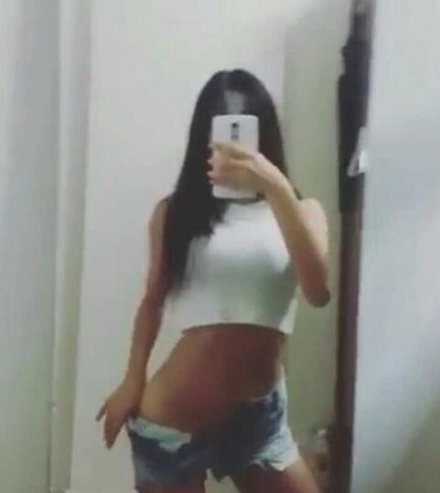 https://australiacracker.com.au/wp-content/uploads/2018/05/escort-goldcoast-2572229_53316_28107dc559d939963fba0dad5d1ebc8f-268x300.jpeg