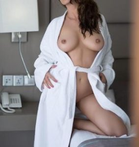 https://australiacracker.com.au/wp-content/uploads/2018/06/escort-cairns-1528139770-283x300.jpg