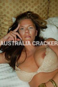 https://australiacracker.com.au/wp-content/uploads/2018/06/escort-cairns-1528392812-200x300.jpg