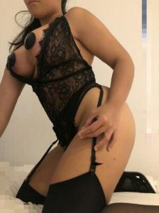 https://australiacracker.com.au/wp-content/uploads/2019/04/escort-Sydney-mobile_Sexy-young-love-hot-sex-waiting-for-you-23_1-224x300.jpg