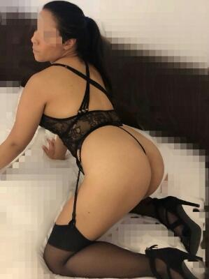 https://australiacracker.com.au/wp-content/uploads/2019/04/escort-Sydney-mobile_Sexy-young-love-hot-sex-waiting-for-you-23_4-224x300.jpg