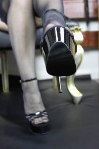 https://australiacracker.com.au/wp-content/uploads/2019/05/escort-Perth-9_ShoeWorship1Opt-200x300.jpg