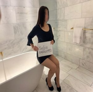 https://australiacracker.com.au/wp-content/uploads/2019/07/escort-Sydney-cs1.1-300x298.jpg