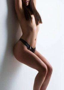 https://australiacracker.com.au/wp-content/uploads/2019/10/escort-Sydney-2_Annabelle-horny-escort-214x300.jpg